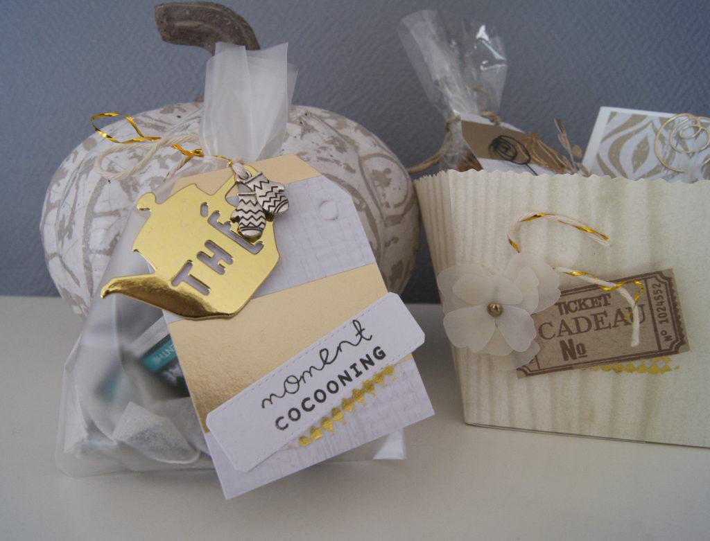 Un petit sachet de thé customisé avec une découpe Kesiart or